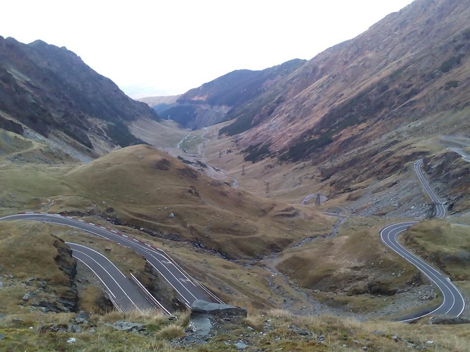Obiective turistice si cazare in Transfăgărăşan