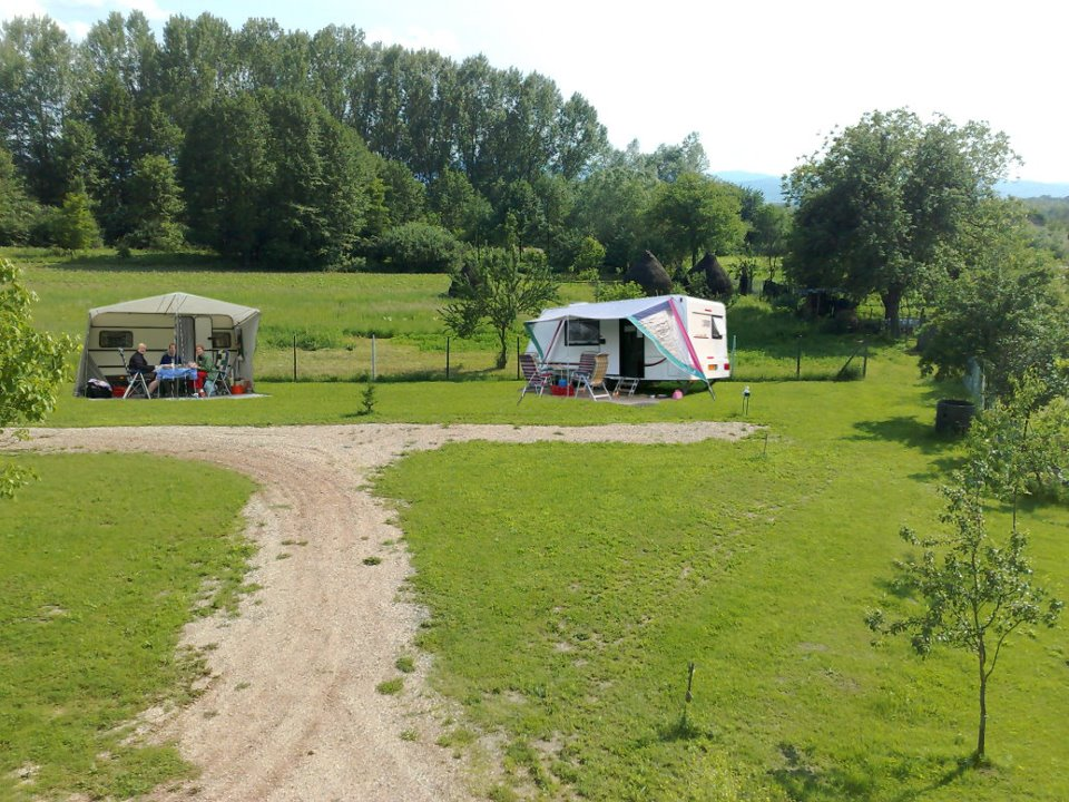 Cazare in  camping